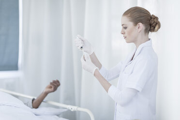 Nurse with injection in a hospital - ZEF006245