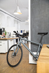 Bicycle in office - FKF001331