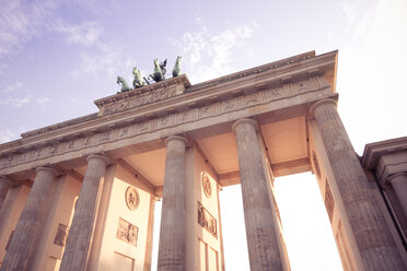 Germany, Berlin, Berlin-Mitte, Brandenburg Gate, Quadriga - CMF000303