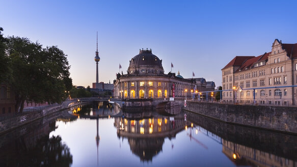 Germany, Berlin, Berlin-Mitte, Museumsinsel, Bodemuseum and Berlin TV Tower at dawn - HSIF000376