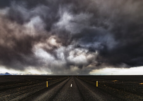 Iceland, Highway 1, Snow storm and dark clouds - SMAF000363