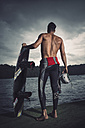 Back view of young wakeboarder - MADF000502