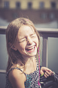 Portrait of laughing girl - SARF002074
