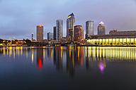 USA, Florida, Tampa, Downtown at night - GIOF000084