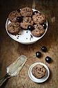 Vegan chocolate muffins with cherries - EVGF002103