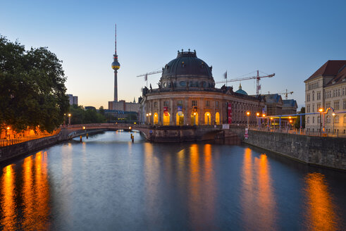Germany, Berlin, Bode Museum and TV Tower at dawn - RJF000485