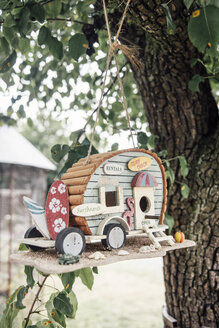 Caravan Bird Houses hanging in a tree - IPF000239