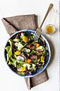 Bowl of mixed salad with edible flowers - EVGF002072