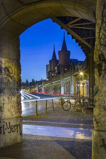 Germany, Berlin, the Oberbaumbruecke in twilight - NKF000363
