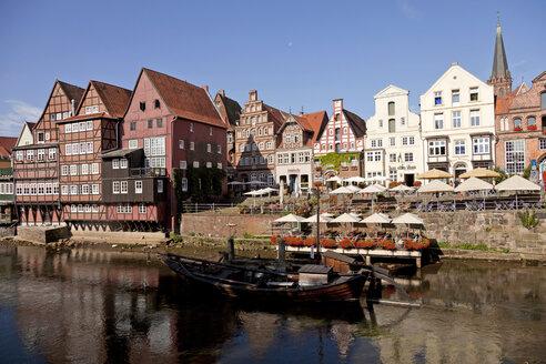 Germany, Lueneburg, Stint market, half-timbered and gable houses on Ilmenau river - PCF000173