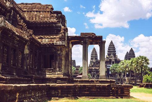 Cambodia, Siem Reap, Angkor Wat Temple - EHF000176