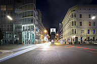Germany, Berlin, Berlin-Mitte, Checkpoint Charlie at night - NK000366