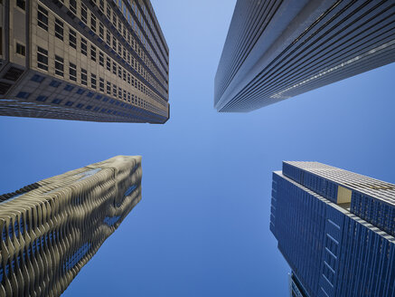 USA, Illinois, Chicago, High-rise buildings, Aqua Tower, Aon Center from below - DISF002170