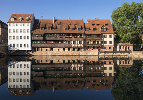 Germany, Nuremberg, row of houses at Pegnitz River near Max Bridge - SIEF006762