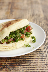 Bazlama, turkish flatbread with parsley tabbouleh salad - HAWF000855