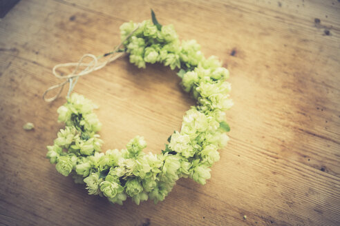 Self-made hop wreath - ASCF000352
