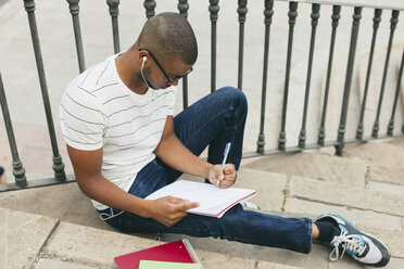 Young Afro-american man studying language - EBSF000870
