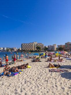 Spain, Baleares, Mallorca, Magaluf, view to bustling beach - AM004208