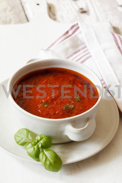 Tomato sauce in bowl - EVGF002210