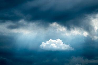 Germany, Unterschnitzing, Foehn clouds - HAMF000056