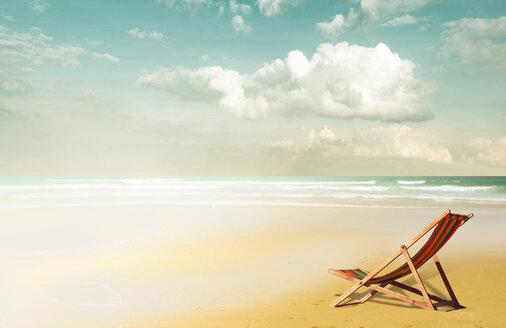 Empty beach lounger at beach - KLRF000101