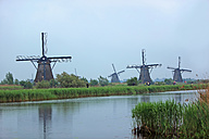 Netherlands, Kinderdijk, view to traditional windmills - KLRF000198