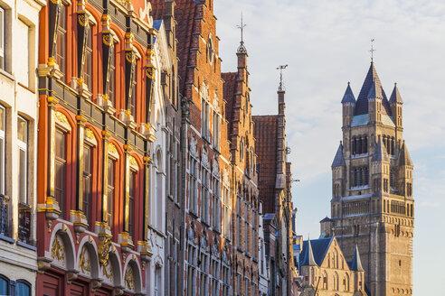 Belgium, Flanders, Bruges, Old town, facades of houses in Steenstraat, St. Salvators Cathedral - WDF003307