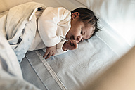 Sleeping newborn baby boy - JASF000139