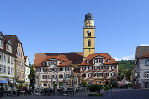 Germany, Bad Mergentheim, twin houses and tower of St John's Minster - LB001242