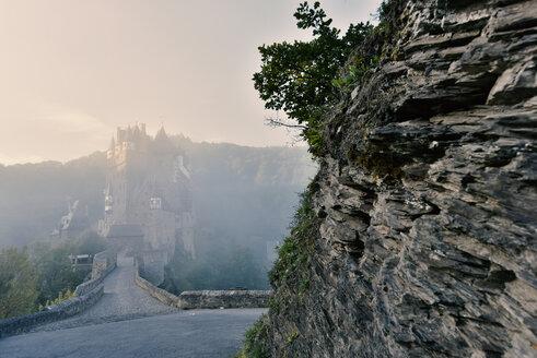 Germany, Rhineland-Palatinate, Eltz Castle - FD000139