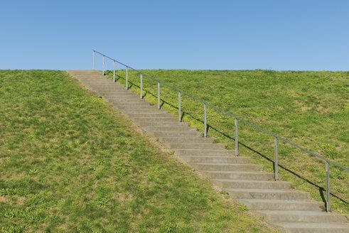 Germany, Duisburg RheinPark, Stairs with railing - VIF000425