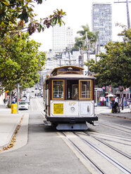USA, San Francisco, Cable Car at Taylor Street - SBD002322
