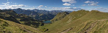 Germany, Bavaria, Oberstdorf, panoramic view of Seealpsee - FRF000346