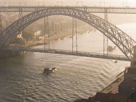 Portugal, Grande Porto, Porto, Luiz I Bridge and Douro river in the evening - LAF001504
