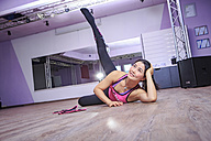 Asian woman exercising piloxing - VT000463