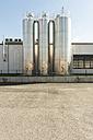 Germany, Duesseldorf, industrial silos - VIF000435