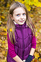 Portrait of smiling girl in autumn - SARF002267