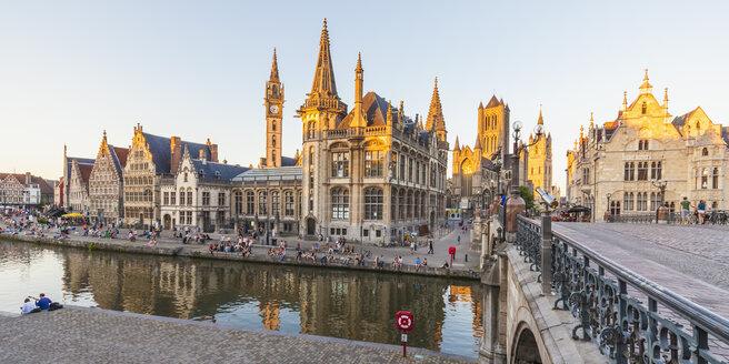 Belgium, Ghent, old town, historical houses at River Leie and bridge Sint-Michielsplein - WDF003372
