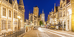 Belgium, Ghent, old town, Corn Market, old post office, St. Nicholas Church and Belfort at night - WDF003381