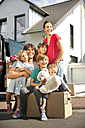 Happy family moving house - TOYF001453