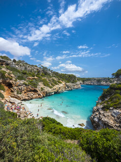 Spain, Baleares, Mallorca, View of bay Calo des Moro - AMF004390