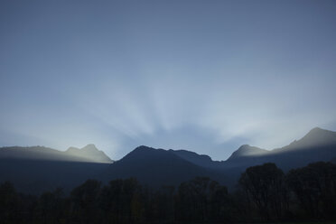 Germany, Bavaria, Chiemgau, Schleching, mountainscape - FFF001463