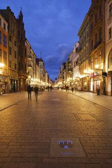 Poland, Torun, view to Szeroka street at evening twilight - ABO000045