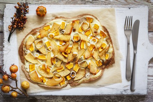 Flammkuchen with pumpkin and quince - EVGF002514