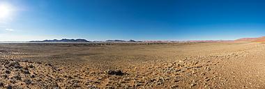 Africa, Namibia, Region Sossusvlei, Hardap, Hammerstein, Tsaris Mountains, Namib desert, Panorama - AMF004455