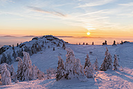 Germany, Bavaria, Bohemian Forest in winter, Great Arber and Richard-Wagner-Head at sunset - FO008365