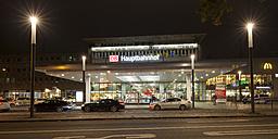 Germany, North Rhine-Westphalia, Essen, Main station at night - WI003007