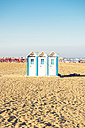 Italy, Apulia, Gargano, cabins on the beach of Rodi Garganico - GSF001033