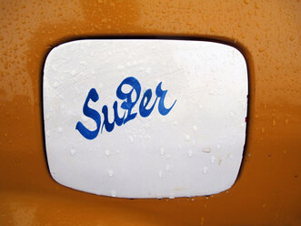'Super' painted on filler cap - JMF000364
