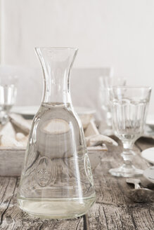 Water carafe on laid table - LVF004303